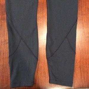 "lululemon athletica Pants - lululemon In Movement Tight 7/8 25"" 🍋"